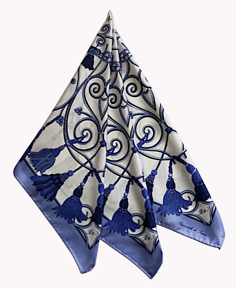 Scarves patterned embrasse - white, blue