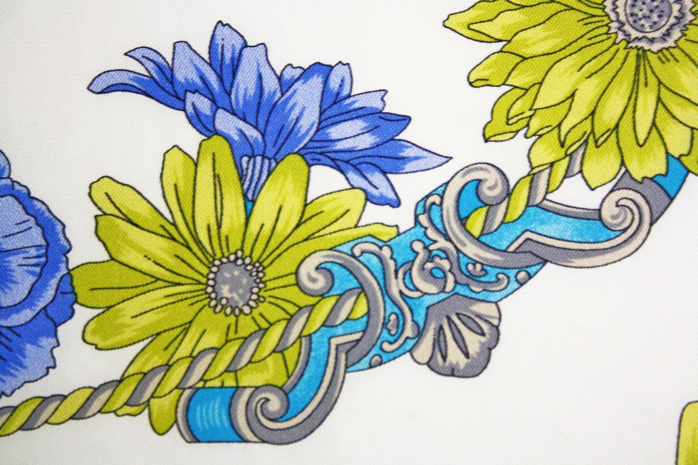 Scarves fantasy flowers - Blue and Yellow