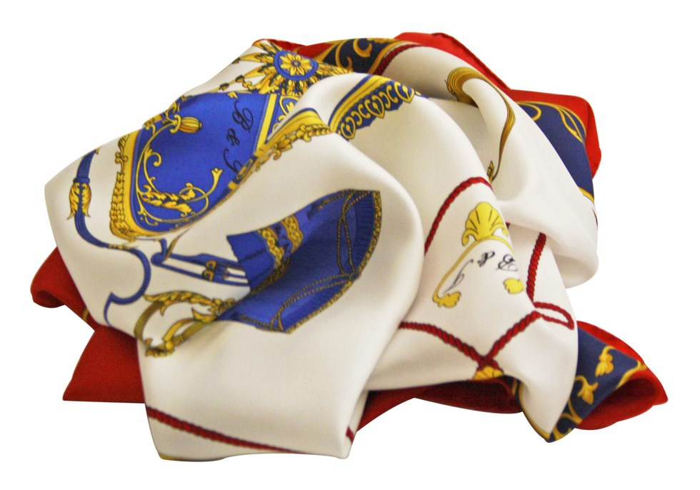 Elegant scarf with fancy carriage, white and red