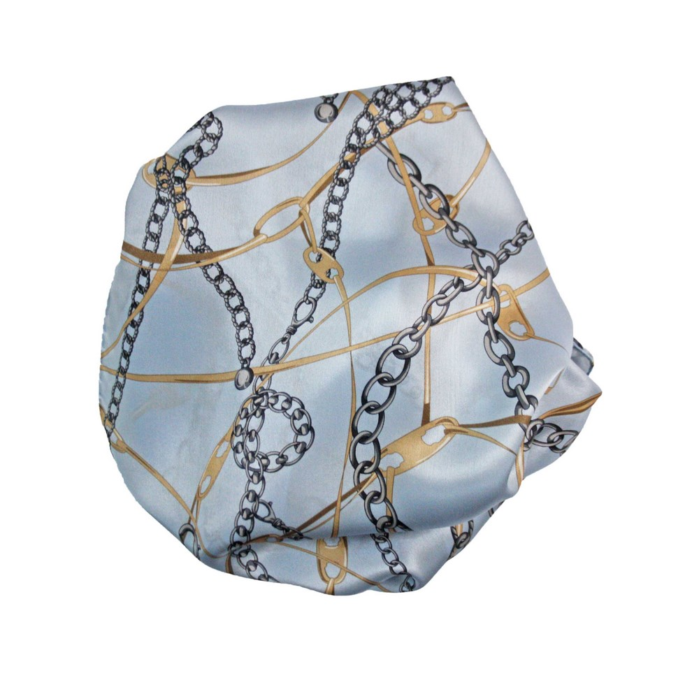 Woman silk scarf printed with the bottom chain