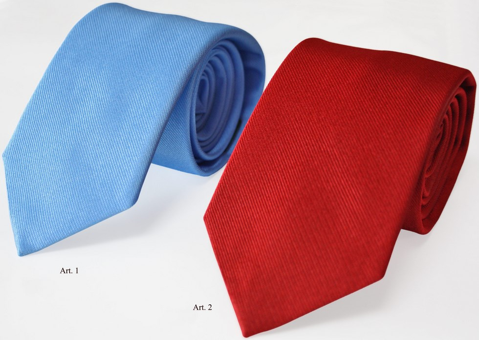 Ties plain color blue and red