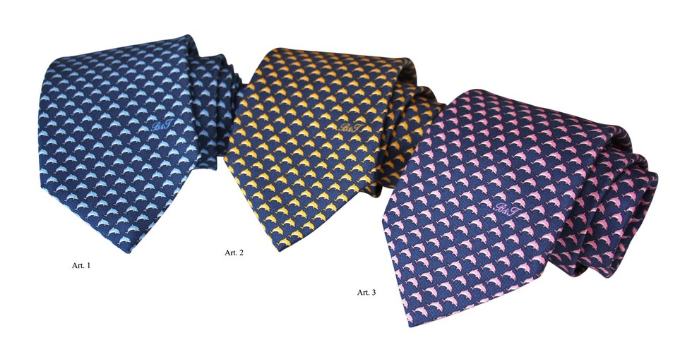 Ties B & T with animals - dolphin